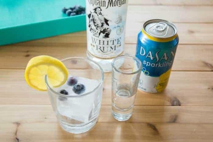 Blueberry Lemon Sparkling Water Rum