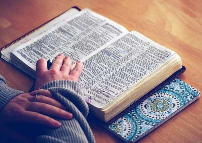 free daily Bible verses delivered to your inbox